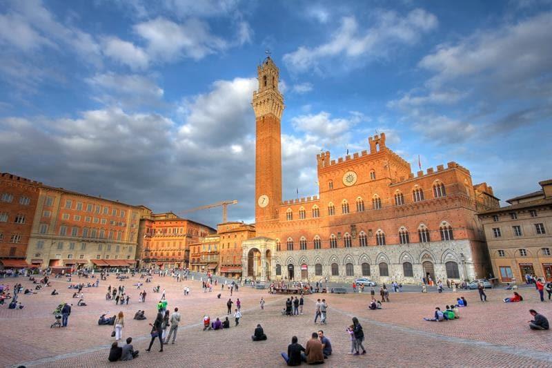 Como ir de Roma a Siena